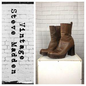 Vintage 1999 chunky Steve Madden Boots